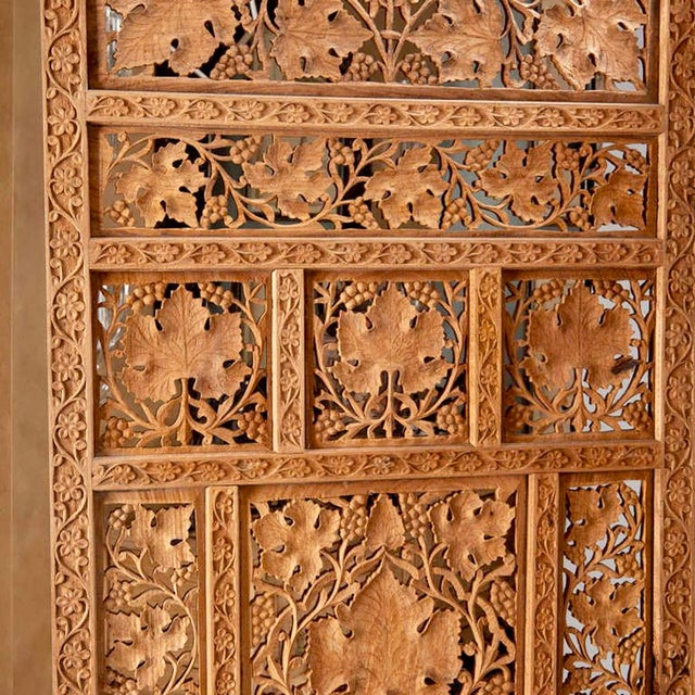 19th Century Anglo-Indian Elaborately Carved Four Panel Screen For Sale - Image 4 of 7