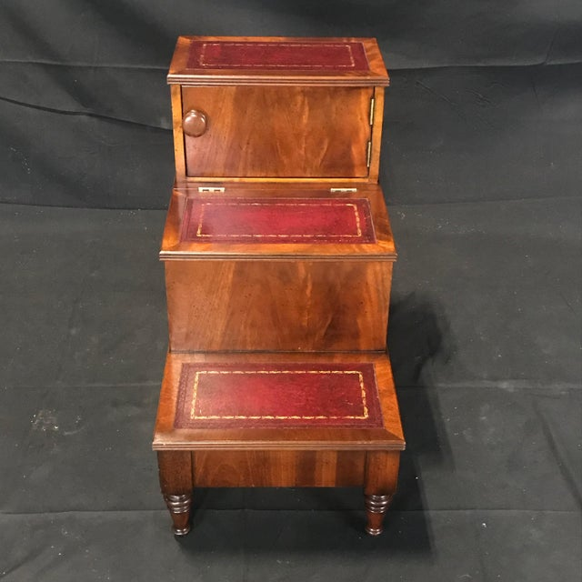 Brown British Mahogany Library Steps With Burgundy Tooled Leather Treads For Sale - Image 8 of 12