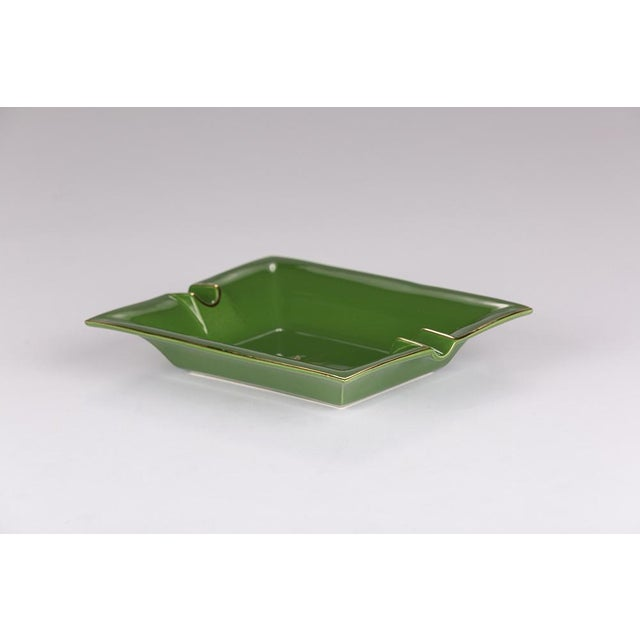 Large Leaf porcelain ashtray/change tray with 22 carat gold, hand applied screen print. Made in England. Dimensions:...