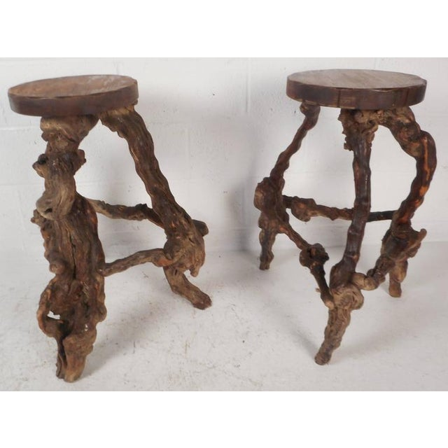 Mid-Century Modern Bamboo Tiki Bar and Stools For Sale In New York - Image 6 of 10