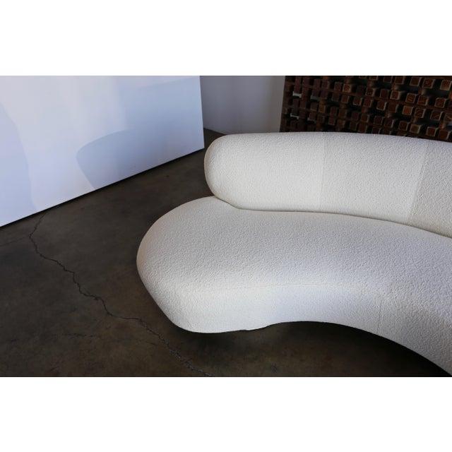 White Vladimir Kagan Serpentine Sofa For Sale - Image 8 of 12