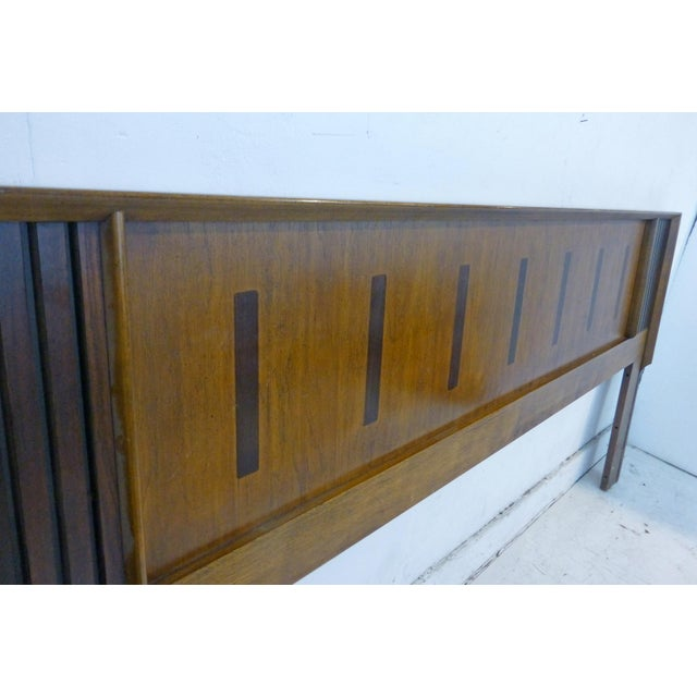 Vintage Lane King Size Ribbed Walnut and Rosewood Headboard Hard to Find - Image 4 of 10
