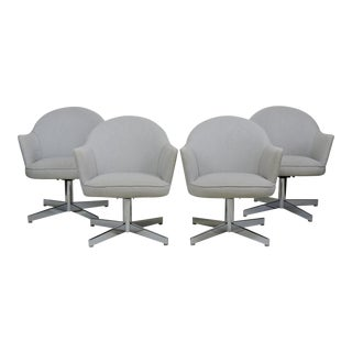 Mid-Century Modern Chrome Swivel Dining Chairs Knoll Saarinen Style- Set of 4 For Sale
