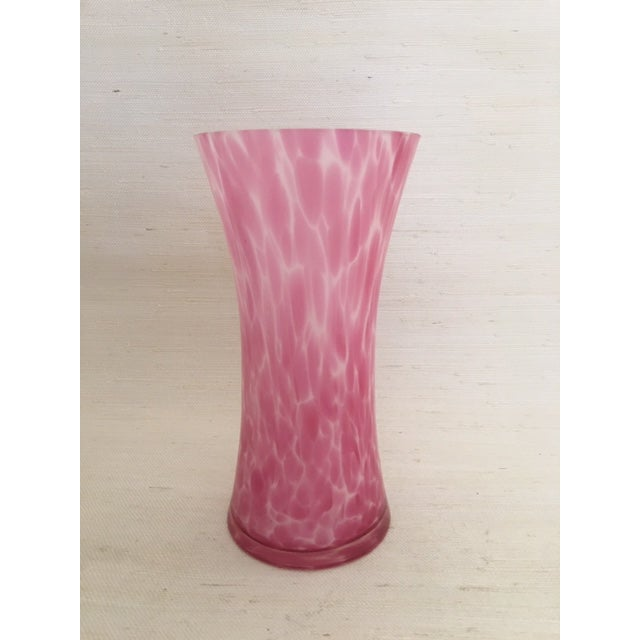 Vintage Pink Glass Vase For Sale In New York - Image 6 of 6