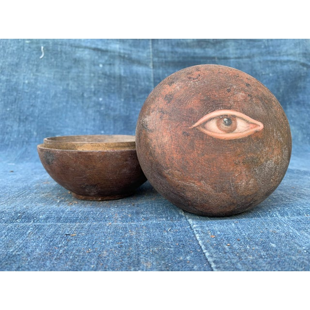 Antique Asian Geisha Box With Eye For Sale - Image 4 of 10