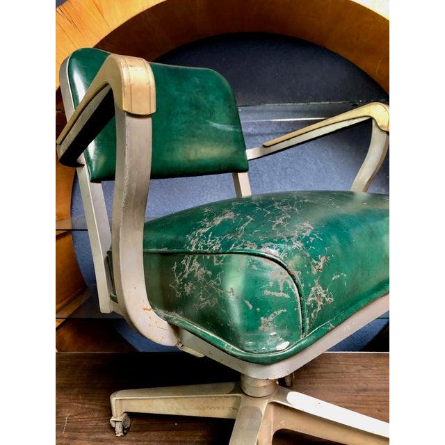 1950s Vintage Beefy Steelcase Banker Rolling Desk Chair For Sale - Image 9 of 11