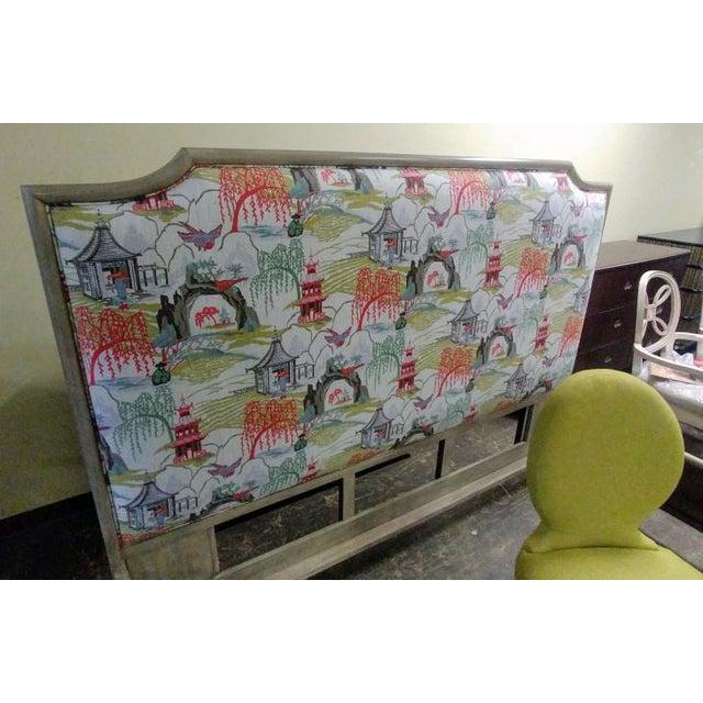 Gray Contemporary Henredon Furniture Quartz Grey Catherine King Upholstered Bedframe For Sale - Image 8 of 11