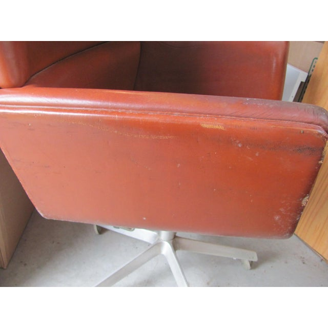 Leather 1960s Vintage Finn Juhl for France and Son Designed Executive Chair For Sale - Image 7 of 12