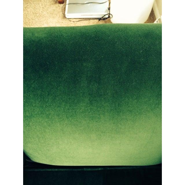 Mid-Century Emerald Green Velvet Chair For Sale - Image 7 of 7