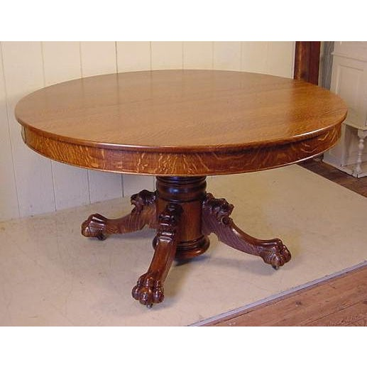 Hastings 1890s Tiger Oak Lion Head Pedestal Table