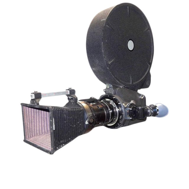 Rare Cinema Camera Circa 1960s. Arriflex 16BL Complete. Display As Sculpture. For Sale