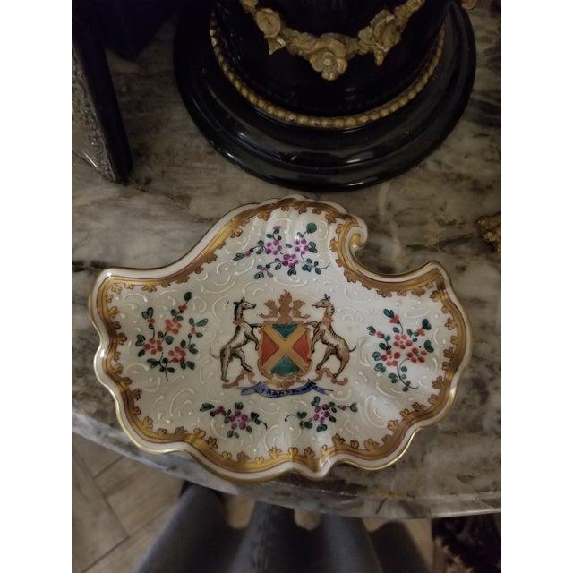 Vintage Samson Armorial Crest Dish For Sale - Image 4 of 8