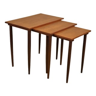 Original Danish Mid Century Modern Nesting Tables - Steen For Sale