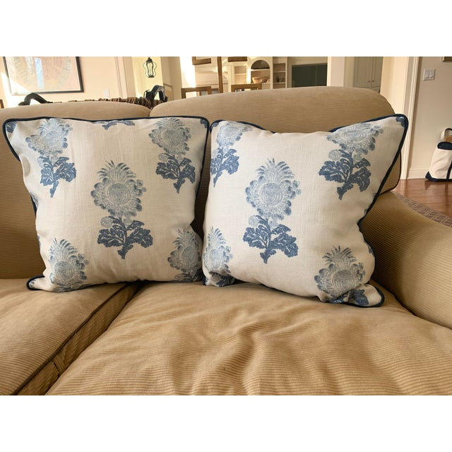 2010s Traditional Thibaut Linen Print Pillows - a Pair For Sale - Image 5 of 5