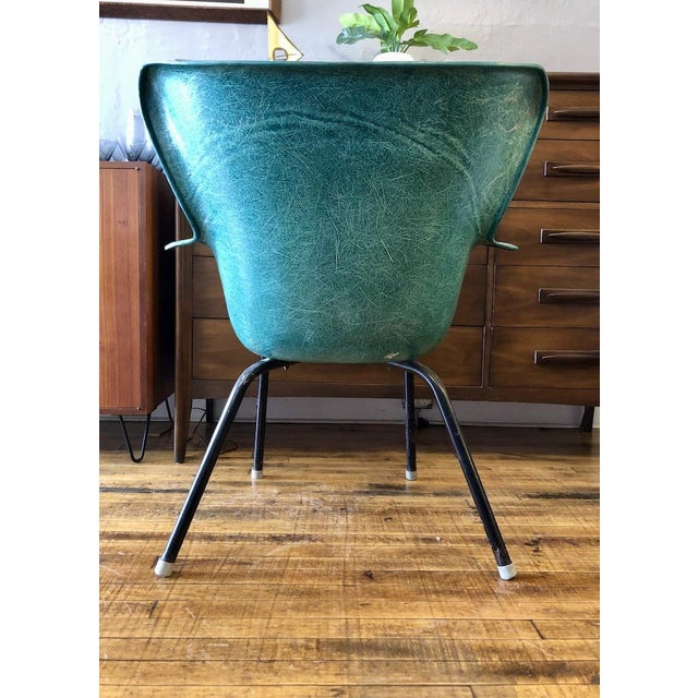 Lawrence Peabody Vintage Mid Century Lawrence Peabody Fiberglass Wingback Armchair in Green 1960s For Sale - Image 4 of 8