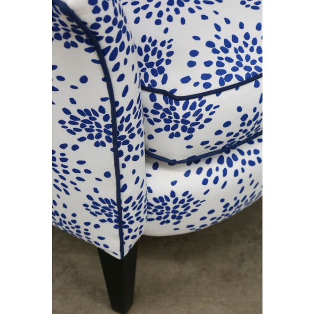 Traditional Modern Blue & White Custom Made Settee For Sale - Image 3 of 5
