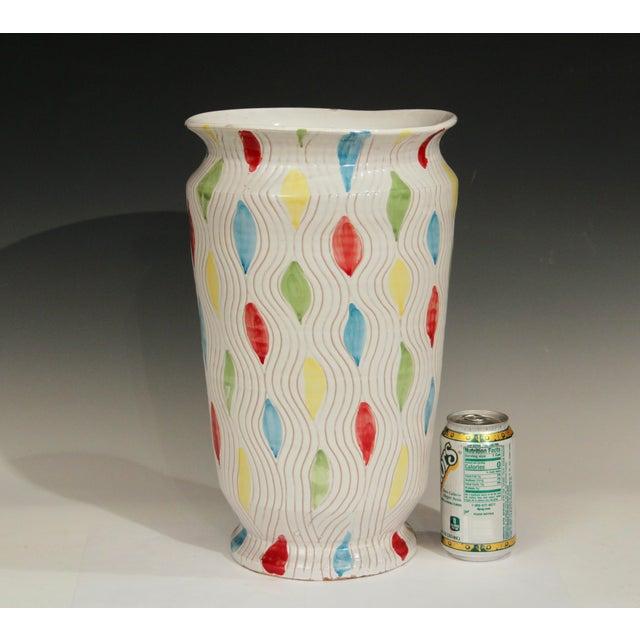 White Vintage Large 1960's Raymor Italian Pottery Vase For Sale - Image 8 of 10