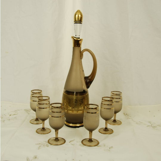 Bohemian Decanter Amber Frosted Glass Gold Paint Stopper and 6 Cordials For Sale In New York - Image 6 of 6