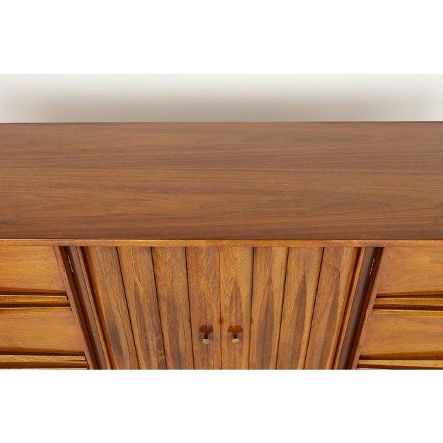 Brown Thomasville Brutalist Mid Century Walnut Lowboy Dresser For Sale - Image 8 of 13