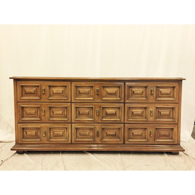 Drexel Vintage Drexel Furniture Mid-Century Dresser For Sale - Image 4 of 11 - Vintage Drexel Furniture Mid-Century Dresser Chairish