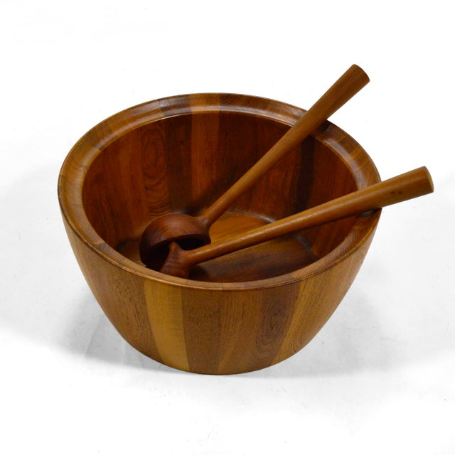 This spectacular staved teak bowl by Richard Nissen is not only noteworthy for its design and quality of craftsmanship,...