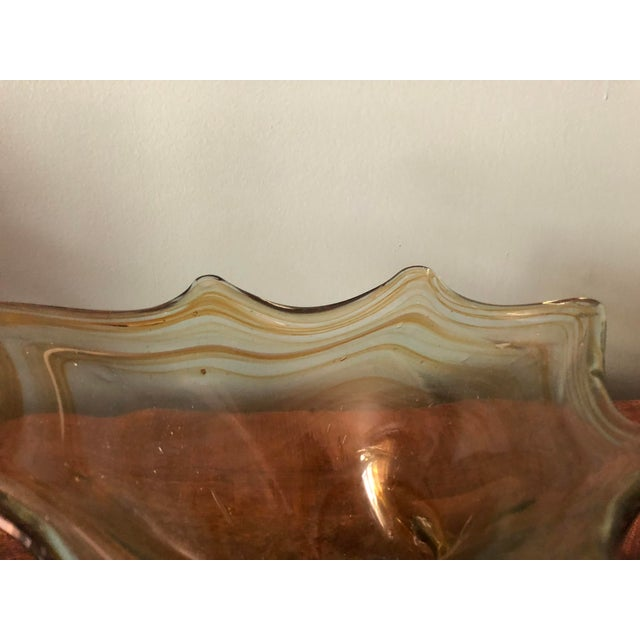 Vintage blown glass swan bowl dish. Beautiful colors. Great condition.