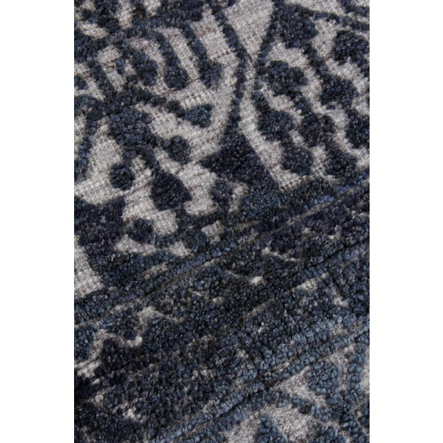 Transitional Buckingham Navy Blue Hand knotted Wool Area Rug - 6'x9' For Sale - Image 3 of 9