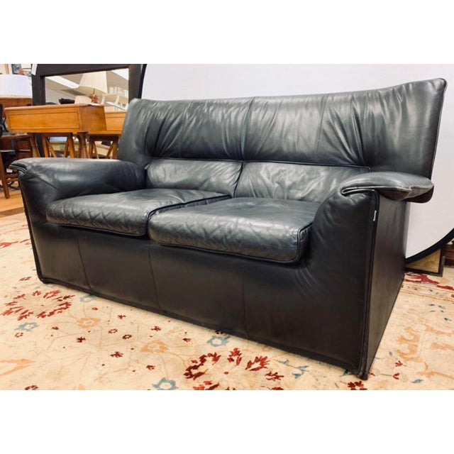 B&b Italia Lauriana Black Leather Loveseat Sofa by Afra &Tobia Scarpa For Sale - Image 11 of 11