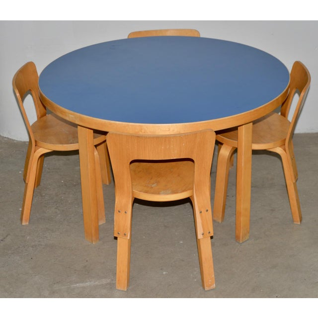 1930s Vintage Alvar Aalto Children's Table & Chairs - Set of 4 For Sale - Image 9 of 9