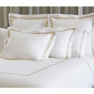 Casale Duvet Cover in King in White and Natural