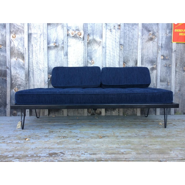 Mid-Century Modern Restored Mid-Century Daybed in Indigo For Sale - Image 3 of 10