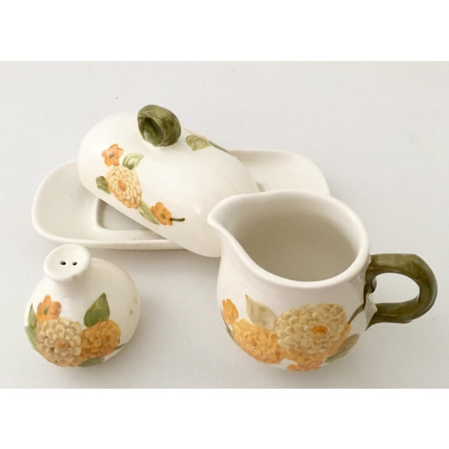 "Mid-Century Modern 1960s Ceramic Metlox ""Zinnia"" Dinnerware - Set of 7 For Sale - Image 3 of 7"