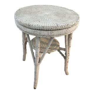 Antique Wicker Bar Harbor Round Table For Sale