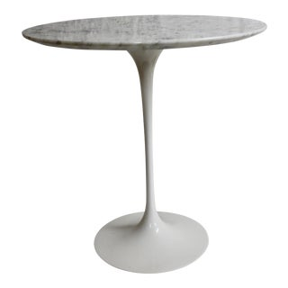 Saarinen for Knoll Tulip Marble Side Table For Sale