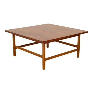 Mid-Century Walnut Coffee Table by Paul McCobb for Lane Delineator C.1960 For Sale