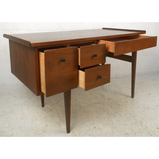 Mid-Century Modern American of Martinsville Mid Century Matching Desk & Chair For Sale - Image 3 of 10