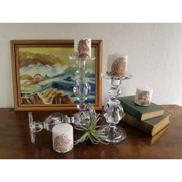 William Sonoma Glass Baluster Pillar Candle Candlesticks - Set of 3 For Sale In San Francisco - Image 6 of 9