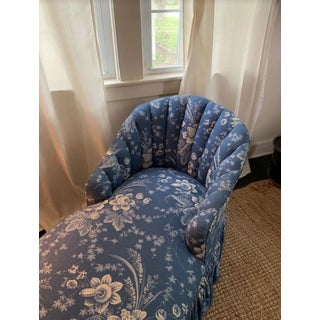 1960s Vintage Blue Floral Chaise Preview