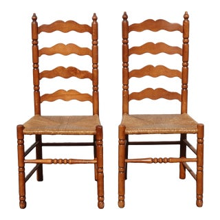 Pair of Vintage French Country Brown Ladderback Rush Side Chairs For Sale