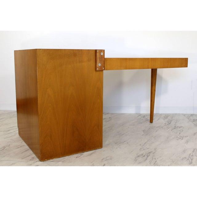 T.H. Robsjohn-Gibbings Mid-Century Modern Robsjohn Gibbings for Widdicomb Walnut Cantilever Desk, 1950s For Sale - Image 4 of 11