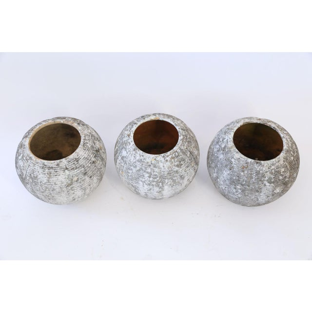 Trio of Vintage Round Ribbed Planters For Sale In Houston - Image 6 of 11