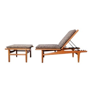 Pair of Oak Chaise Longues by Hans Wegner