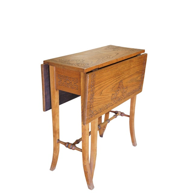 Arts & Crafts 20th Century Arts & Crafts English Oak Gate-Leg Accent Table For Sale - Image 3 of 11