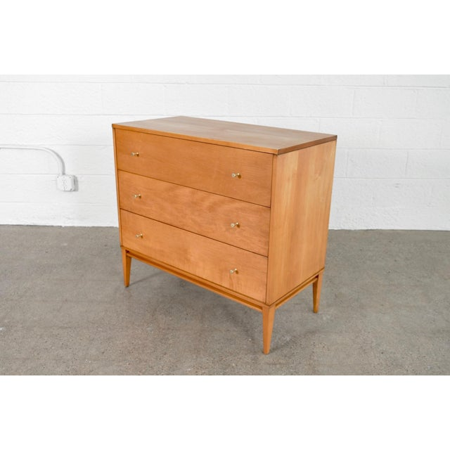 """Winchendon Furniture """"Planner Group"""" Mid Century Paul McCobb Planner Group Three-Drawer Dresser For Sale - Image 4 of 11"""