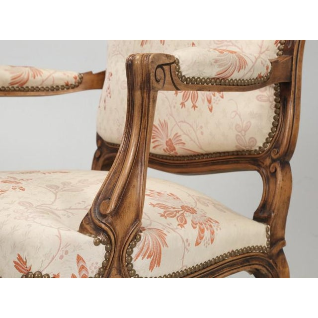 Antique French Louis XV Style Pair of Arm Chairs For Sale - Image 10 of 13