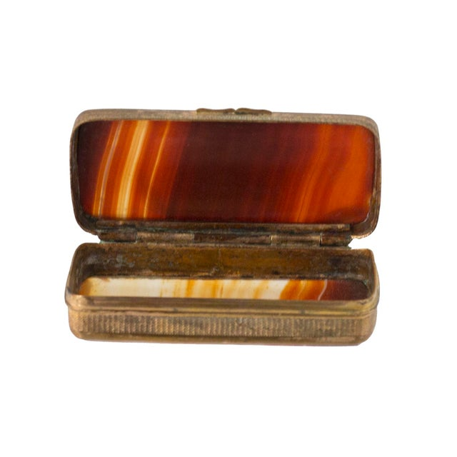 A fine 19th century Victorian period Scottish agate and brass snuff box or trinket box. Condition is very good with some...