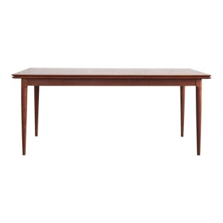 Mid-Century Modern Danish Table With Pull-Out Leaves For Sale