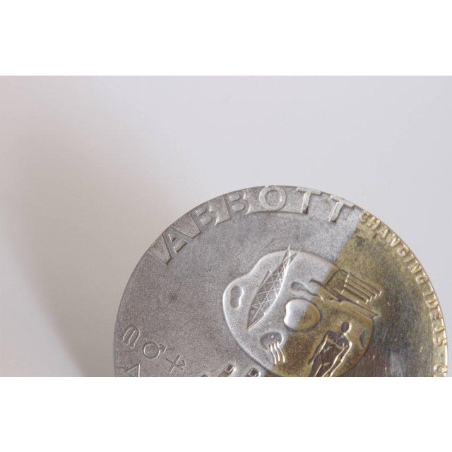 Silver Machine Age Art Deco Raymond Loewy Medallion, Abbott Labs 50th Anniversary For Sale - Image 8 of 11