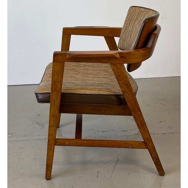 Mid 20th Century Mid-Century Modern Solid Walnut Chair by Gunlocke For Sale - Image 5 of 9