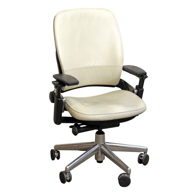Black & White Office Chair by Steelcase - Image 2 of 8